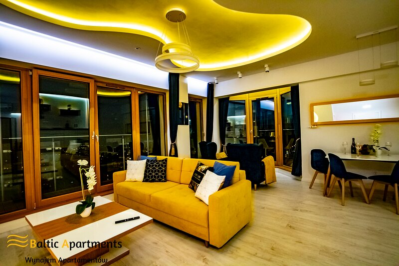 Baltic-Apartments - Platan Tower Sea View Penthouse, holiday rental in Swinoujscie