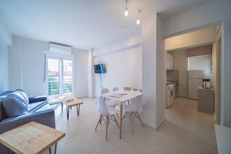 City Center Apartment Project 3, holiday rental in Nea Alikarnassos