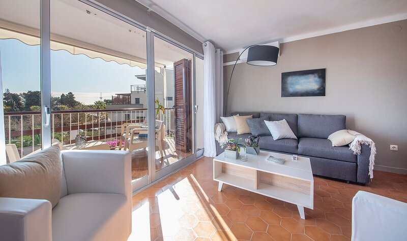 TH123-ApartmentCalaRomana, holiday rental in Els Pallaresos