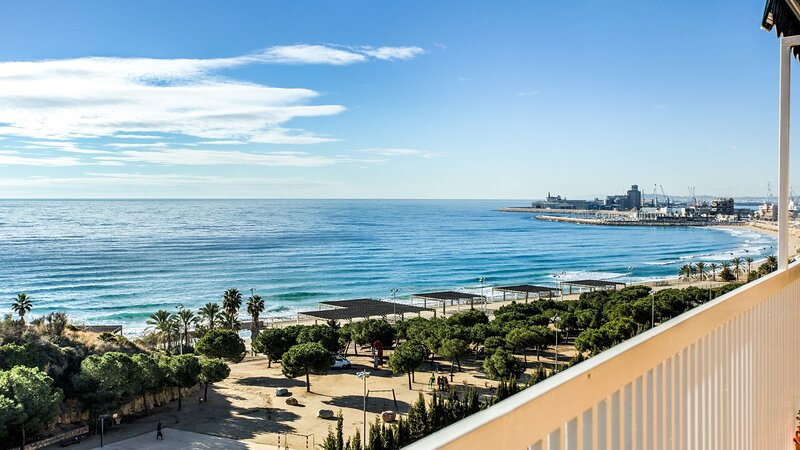 TH44 - APARTAMENTO MIRACLE, vacation rental in Tarragona