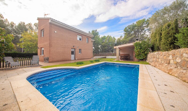 TH125-Casa-Mont-fred, holiday rental in Els Pallaresos