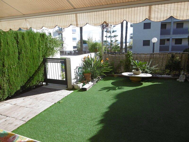 Apartamento Delta del Ebro, holiday rental in Terres de l'Ebre