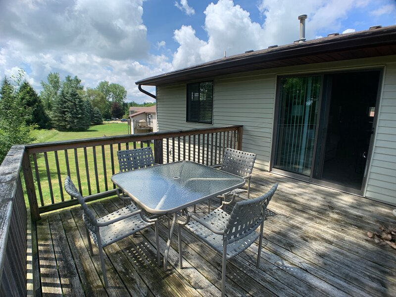 The Anchor Family Cottage w/ Lake Access, vacation rental in Rockford
