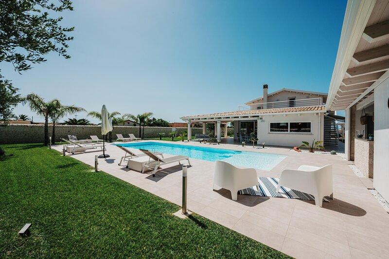 Villa Ortensia, vacation rental in Santa Maria del Focallo