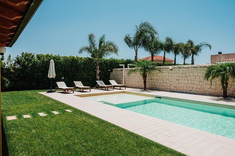Villa Silene, vacation rental in Santa Maria del Focallo