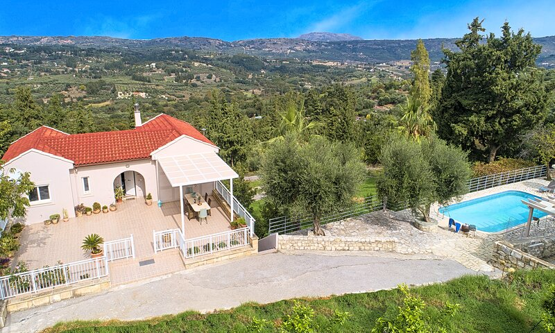 Villa Chrysallis | HotelPraxis Group