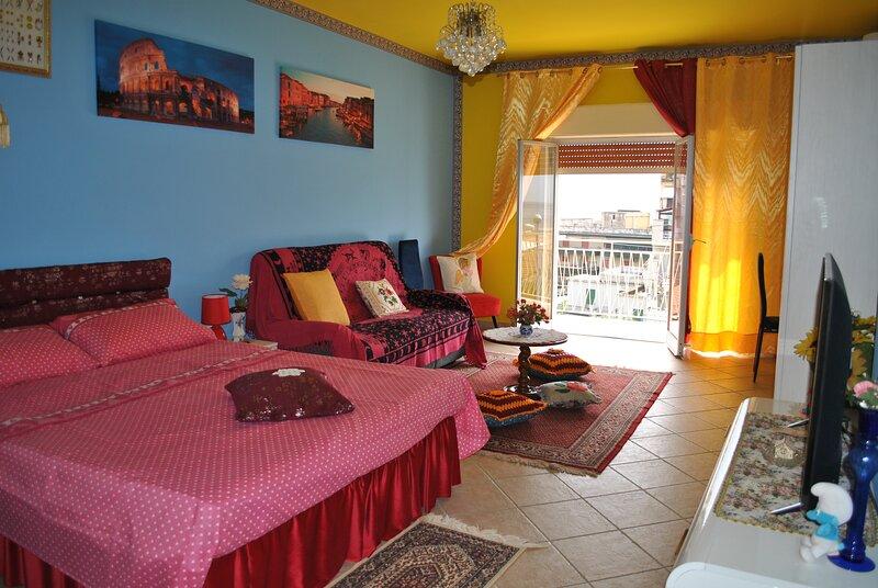 Casa Dani Spaziosa casa vacanze al mare, holiday rental in Rocchenere