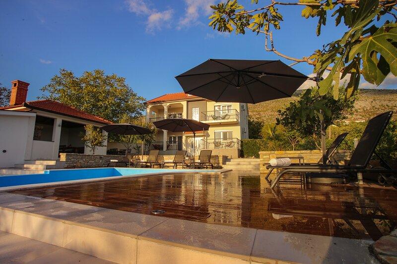 Villa Infinity Mostar, location de vacances à Mostar