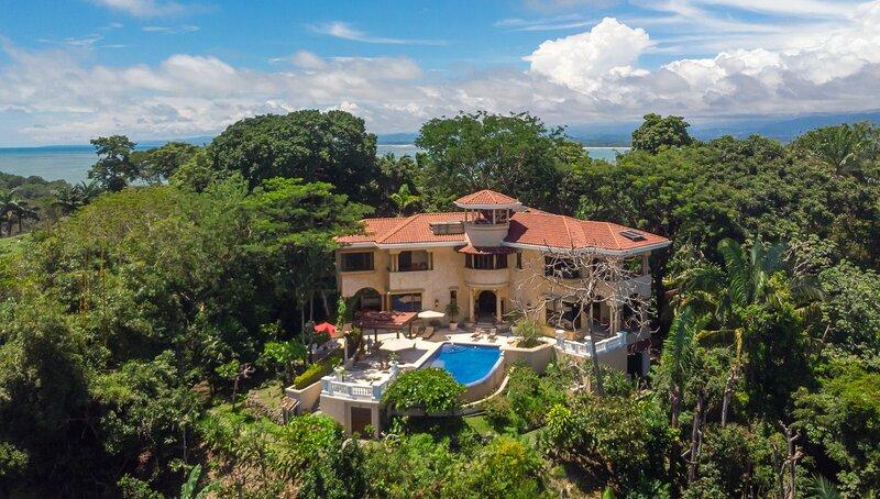 Villa Vigia: 4 Bedrooms, 6 Baths, Privacy, Wildlife, Ocean & National Park Views, location de vacances à Parc national Manuel Antonio