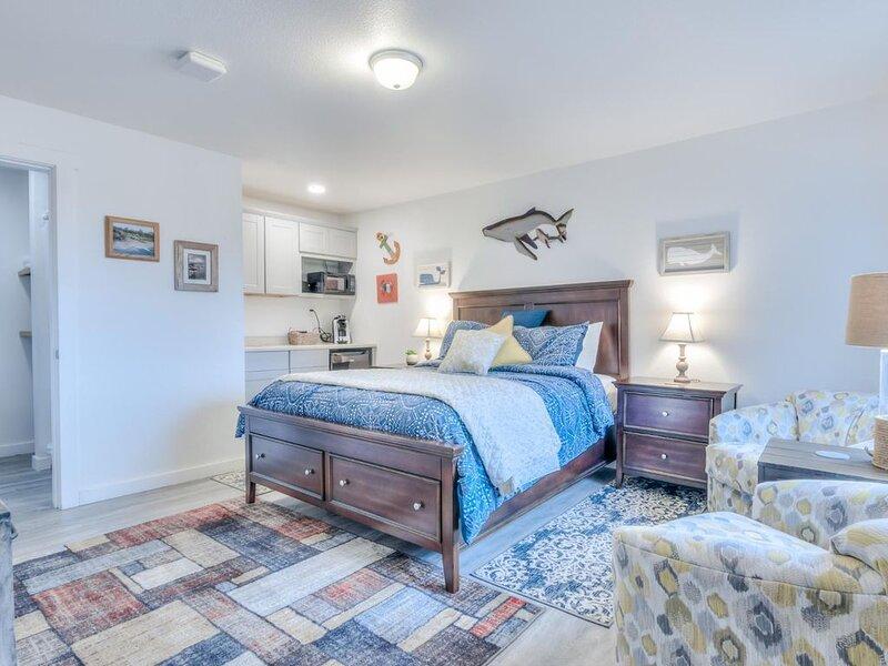 W6 - Pilot * Whale Inn, casa vacanza a Otter Rock