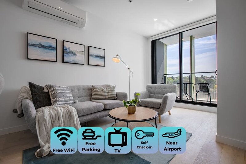 [Modern City] Comfy and warm Apt*Parkville+Carpark, casa vacanza a Tullamarine