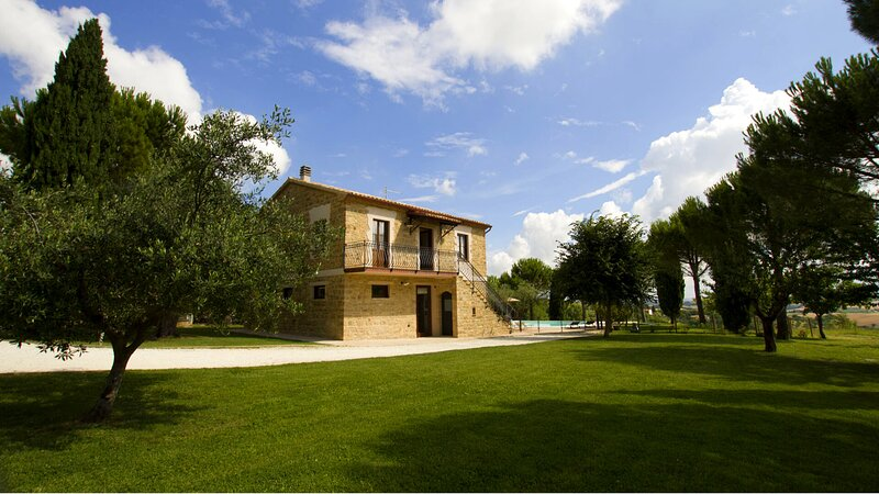 Villa Gioia, holiday rental in Cingoli