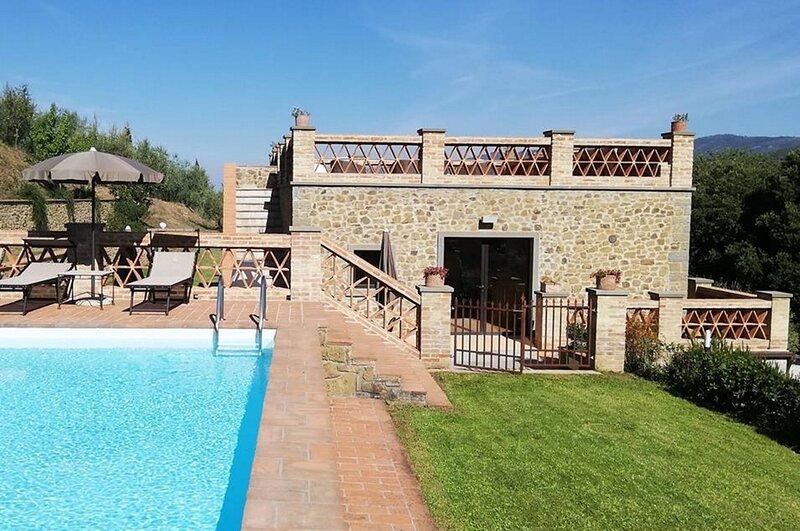 Villa delle Mura, holiday rental in Castroncello