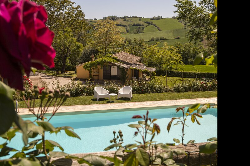 Villa San Marco, location de vacances à Fratte Rosa