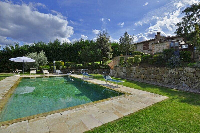 Casaglia 2, holiday rental in Montefalconi