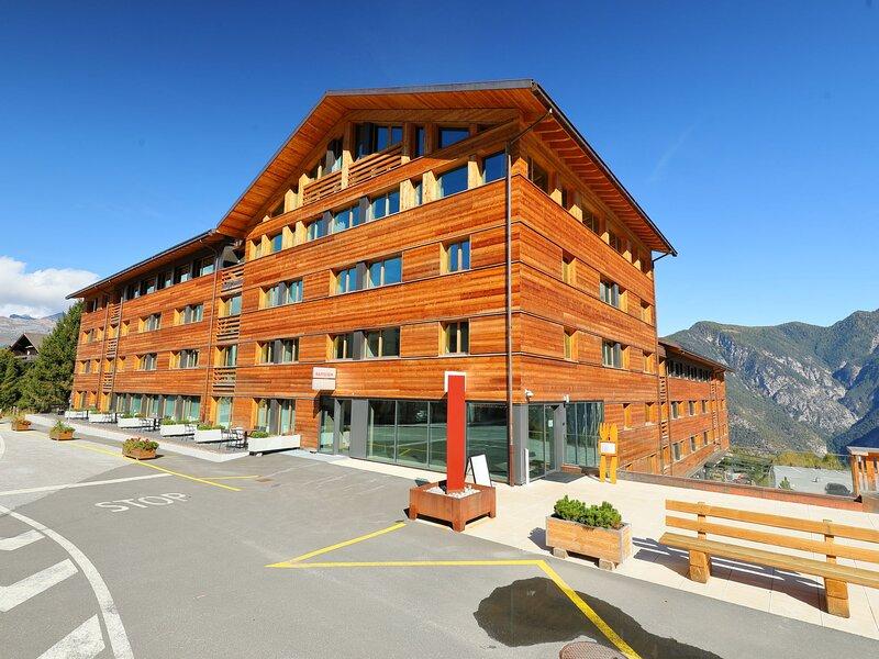 SWISSPEAK Resorts 4 pièces duplex sup, holiday rental in Vercorin