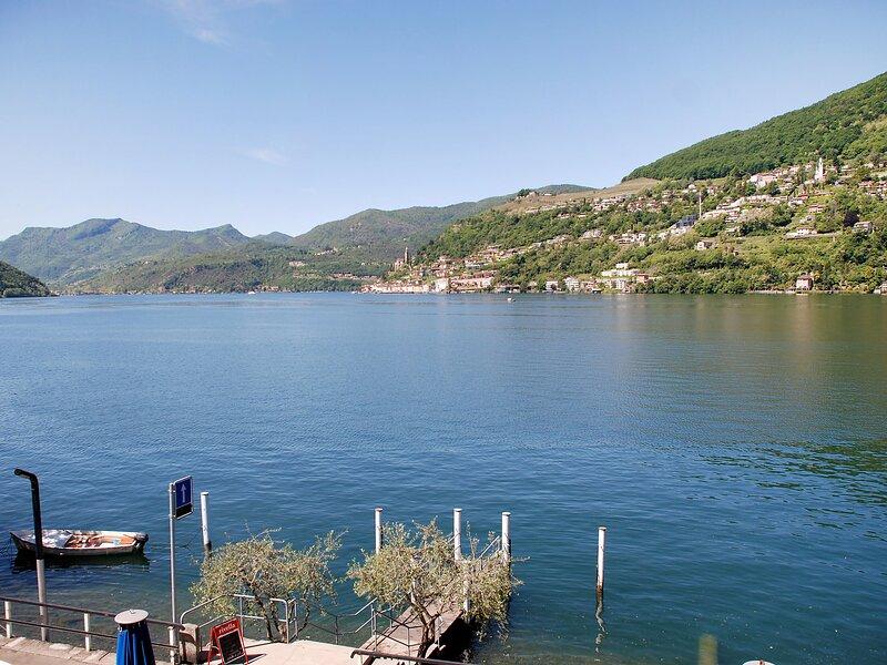 Patrizierhaus Roncaioli, casa vacanza a Riva San Vitale