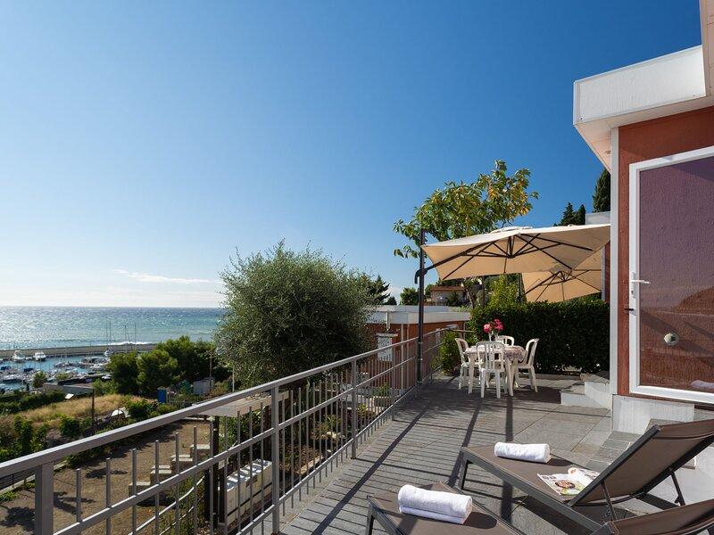Bouganvilla (SLR402), vacation rental in San Lorenzo al Mare