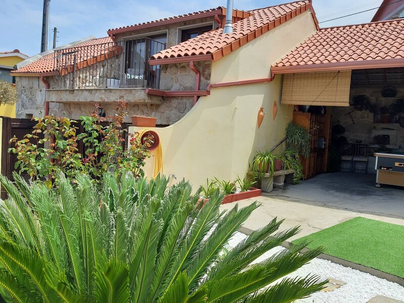 House - 3 Bedrooms with WiFi and Sea views - 108793, holiday rental in Castrelo