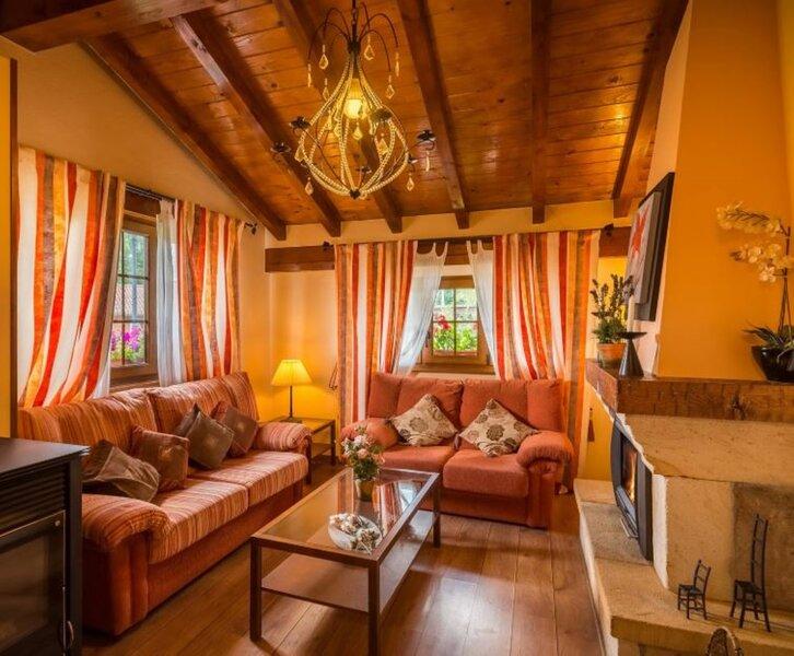 House - 3 Bedrooms - 108794, holiday rental in Valdeprado del Rio