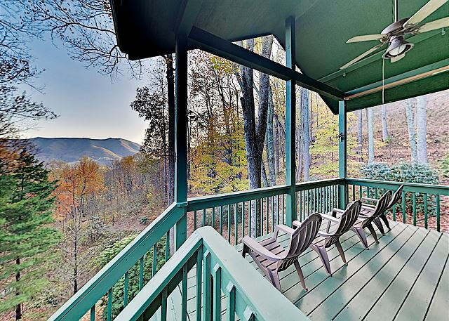 Private Mountain-View Escape | Peaceful 3+ Acres | Near Skiing, Golf, Lake, vacation rental in Balsam
