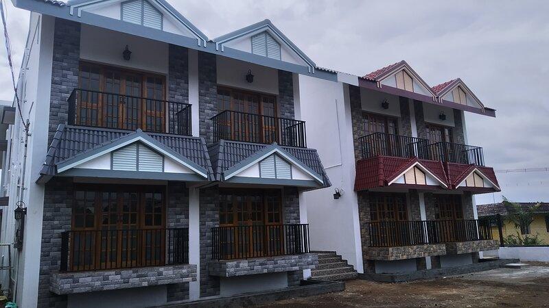 PEARS GARDEN KING SUITE 3 BED ROOMS, vakantiewoning in Dindigul District