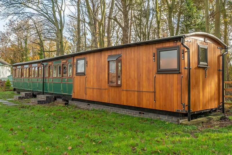 The Railway Carriage, holiday rental in Briston