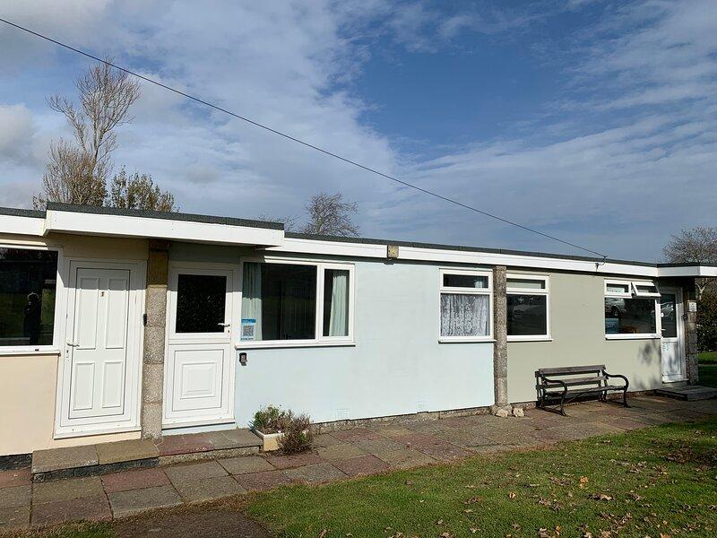 Chalet 2, Sandown Bay, Sandown, Isle of Wight, Dog Friendly, holiday rental in Brading