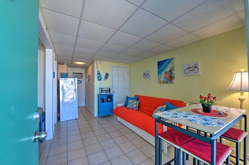 NEW! Wildwood Condo: Beach Access & Pool On-Site!, location de vacances à Wildwood Crest
