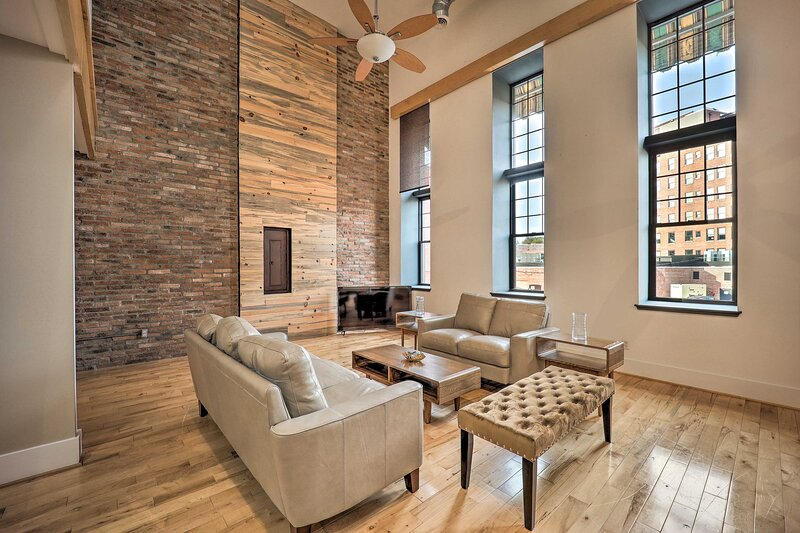 NEW! Chic Downtown Escape, 8 Mi to Motor Speedway!, vacation rental in Bristol