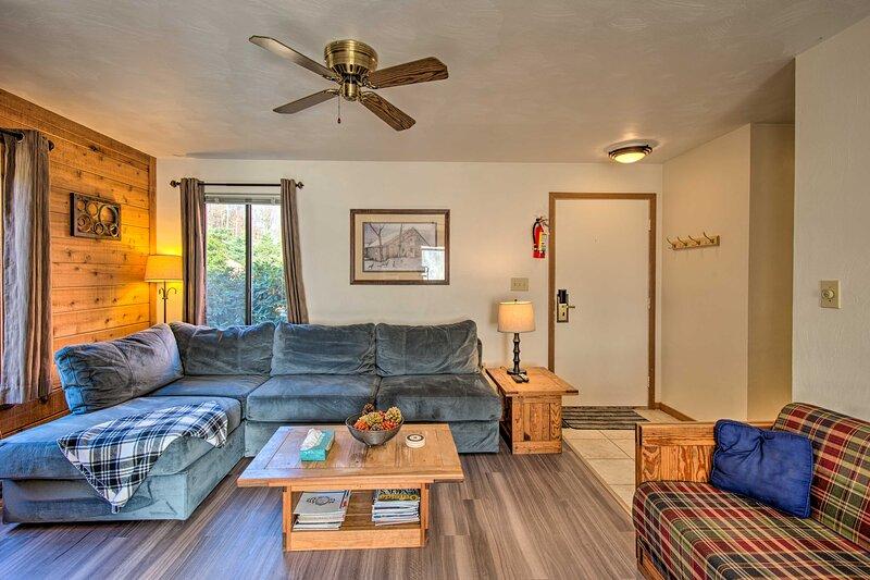 NEW! Cozy Seven Springs Condo - Ski, Golf, & Hike!, vacation rental in Rockwood