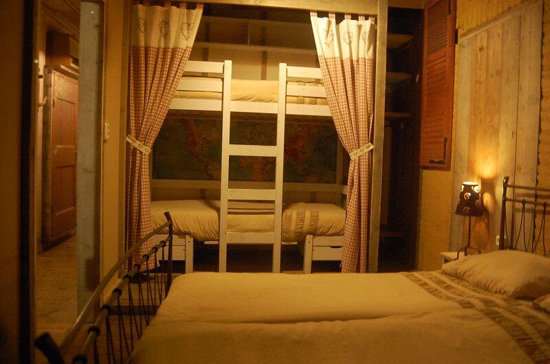 Bed en Broeders - The Farmhouse, casa vacanza a Elsendorp