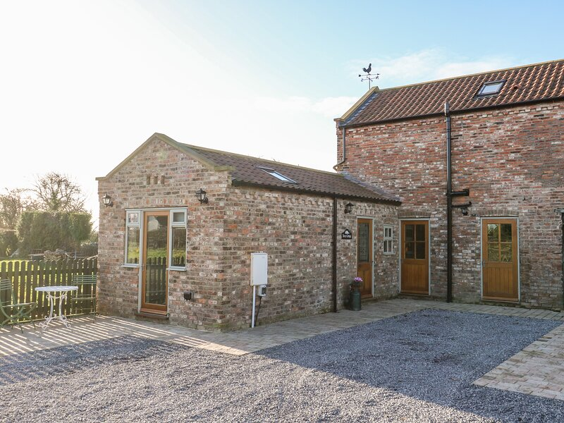 Decca Cottage Nidd Grange, Upper Poppleton, vacation rental in Tollerton