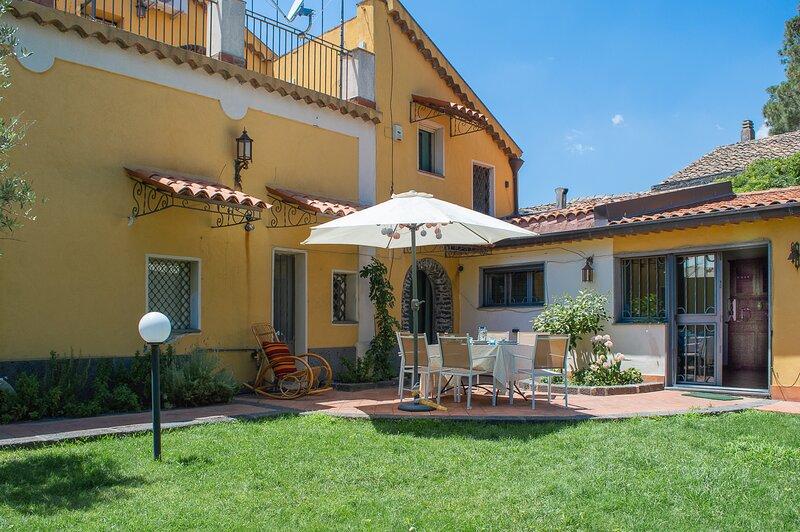 Casa Lavika, holiday rental in Nicolosi