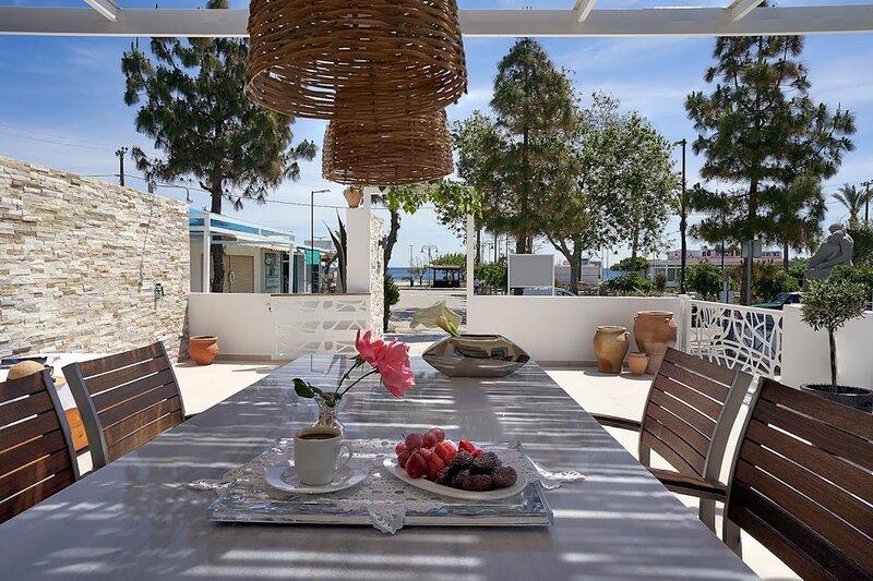 Sia Mare Seaside, Sea View Apartment, Faliraki, holiday rental in Ladiko