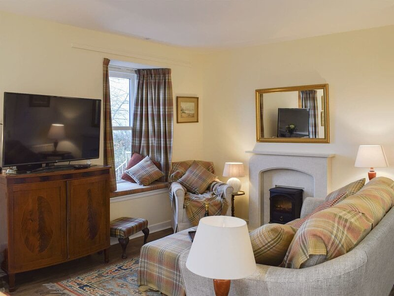Ruberslaw Cottage, holiday rental in Crieff
