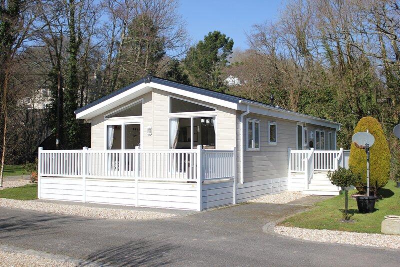 Magnolia Lodge, Saltash, vacation rental in Landrake