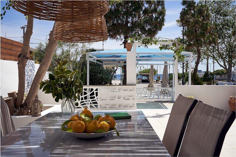 Sia Mare Seaside, Thalassa Apartment, Faliraki, location de vacances à Ladiko