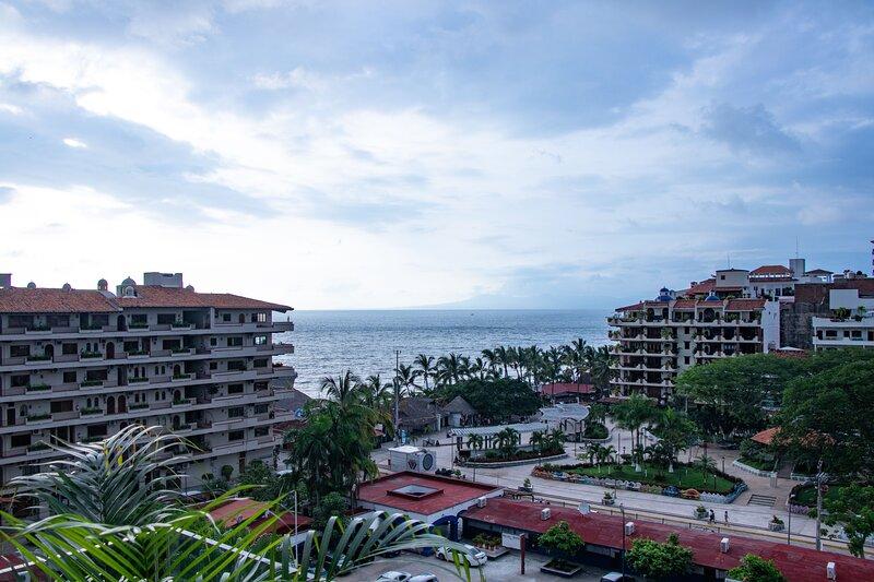 Nayri Life & Spa 601, holiday rental in Puerto Vallarta