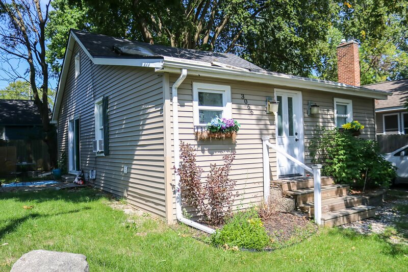 Keego's Cozy Cottage, holiday rental in Milford