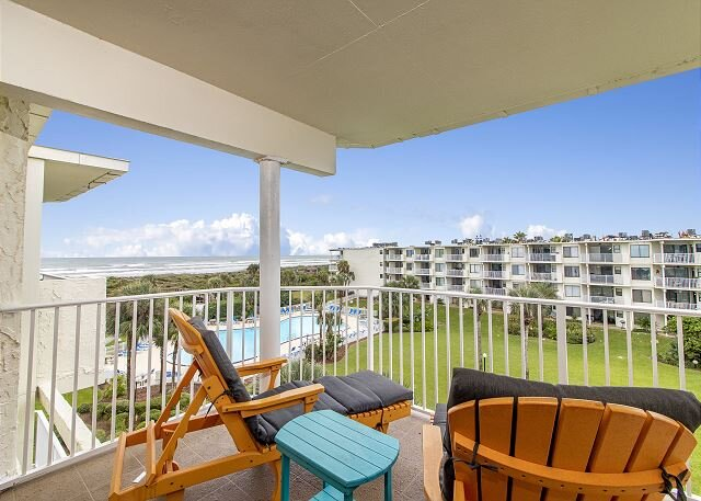 Beautifully Furnished Ocean View Condo at Colony Reef Club 2409, casa vacanza a Saint Augustine