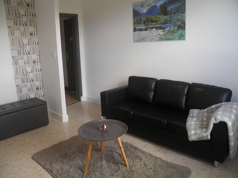 Appart n°5, classé 3 étoiles, 54m², 2ème étage, pour 2 adultes + 2 enfants, holiday rental in Saint-Diery