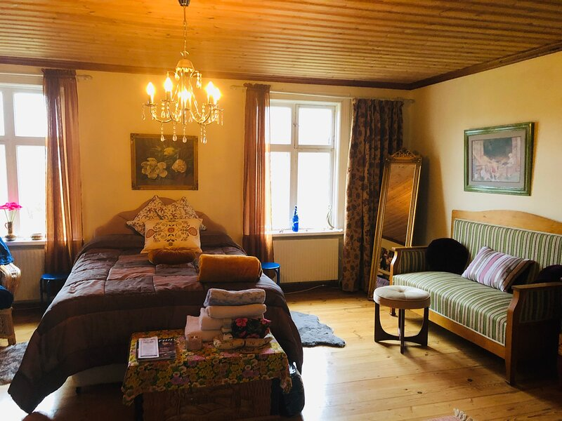 Captivating 1-Bed House in Avesta, holiday rental in Forsbo