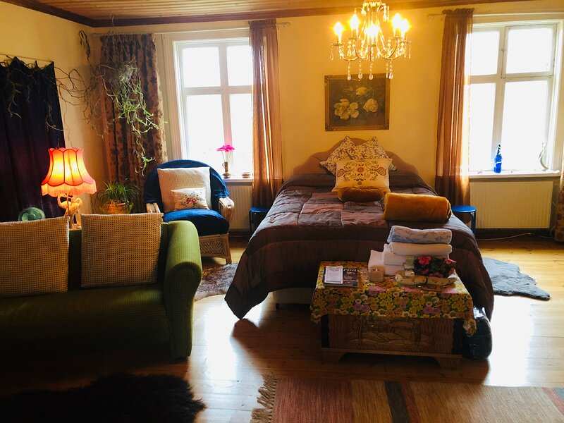 Captivating 1-Bed House in Avesta, vacation rental in Forsbo