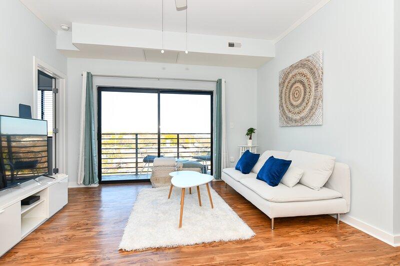 {Cloud 9} Luxury Two Bedroom Condo in Uptown Charlotte, aluguéis de temporada em Derita