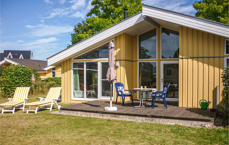 Awesome home in Rechlin with Sauna, WiFi and 2 Bedrooms (DMV749), holiday rental in Granzow