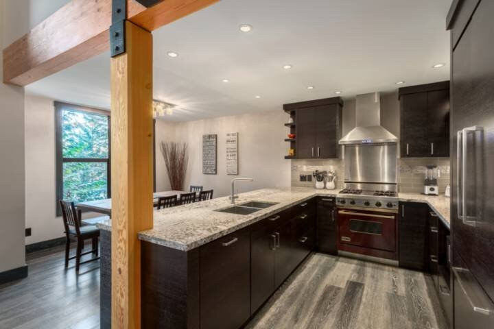 Chef inspired kitchen well equiped for your family or entertaining