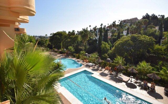 MC Aloha Hill Club 5★ Resort Near Puerto Banus & Beaches With Stunning Sea Views, vacation rental in Istan