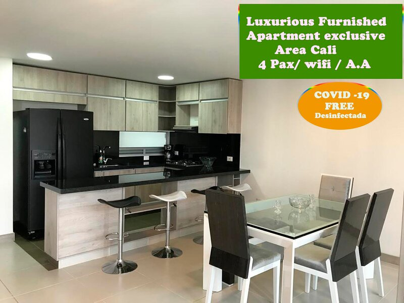 luxurious furnished apartment exclusive area in cali, alquiler de vacaciones en La Cumbre