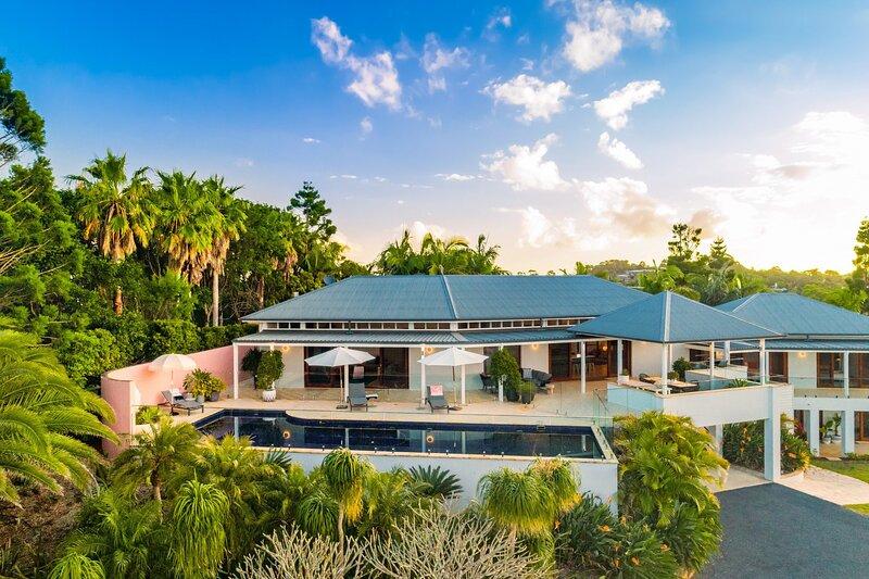 Your Luxury Escape - White Wood, alquiler de vacaciones en Skinners Shoot